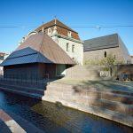 Vue de la place Unterlinden : la Maison, la Piscine et l'aile nouvelle dite Ackerhof. Musée Unterlinden, Photo : Ruedi Walti