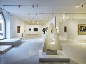 Dans l'Ackerhof, vue de la salle consacrée aux œuvres des années 1930 aux années 1960.