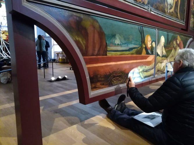 Anthony Pontabry examine le Retable d'Issenheim